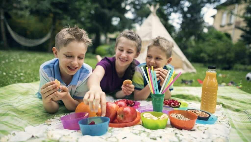 13 нескучных занятий за городом для детей и их родителей на все лето