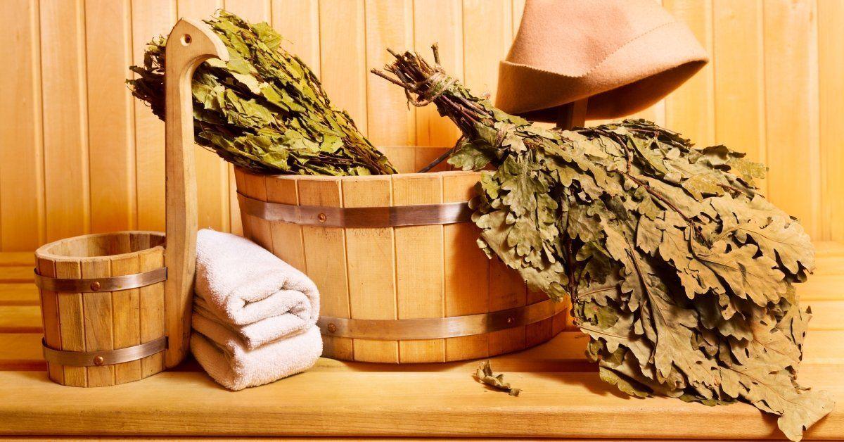 Делаем ароматный дубовый веник для бани