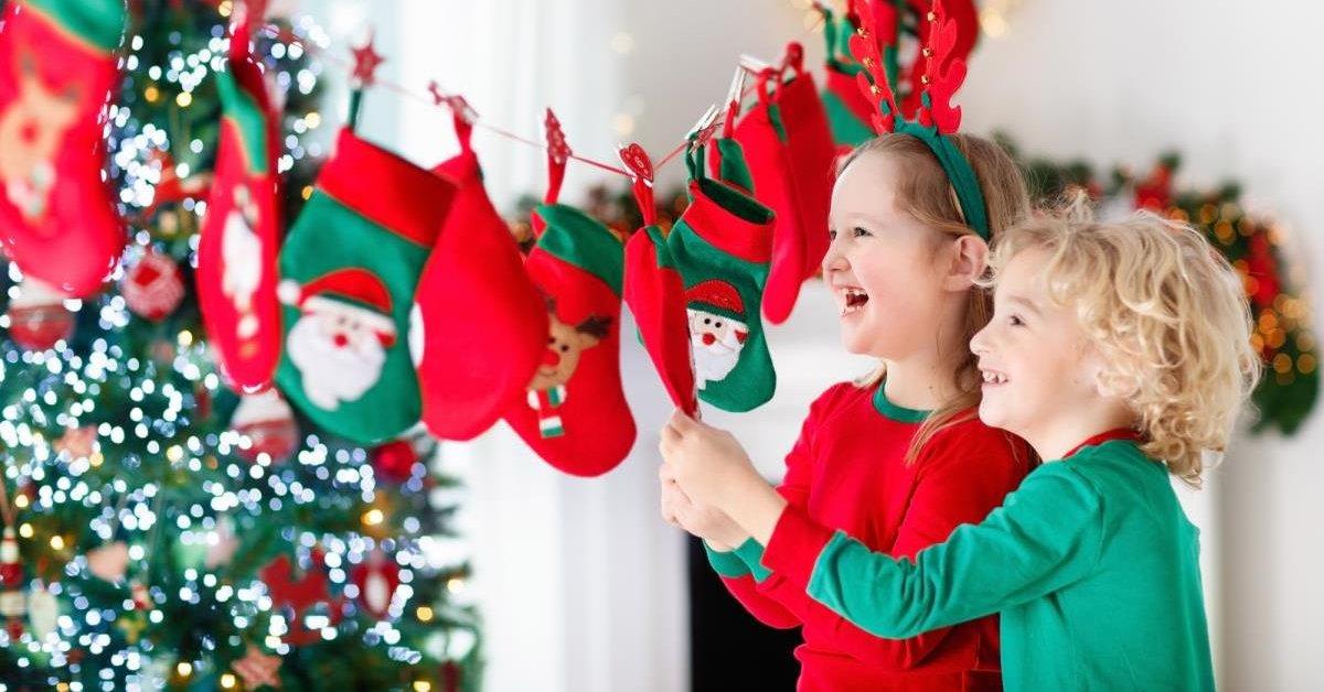 Как самостоятельно сделать адвент-календарь для детей к новому году
