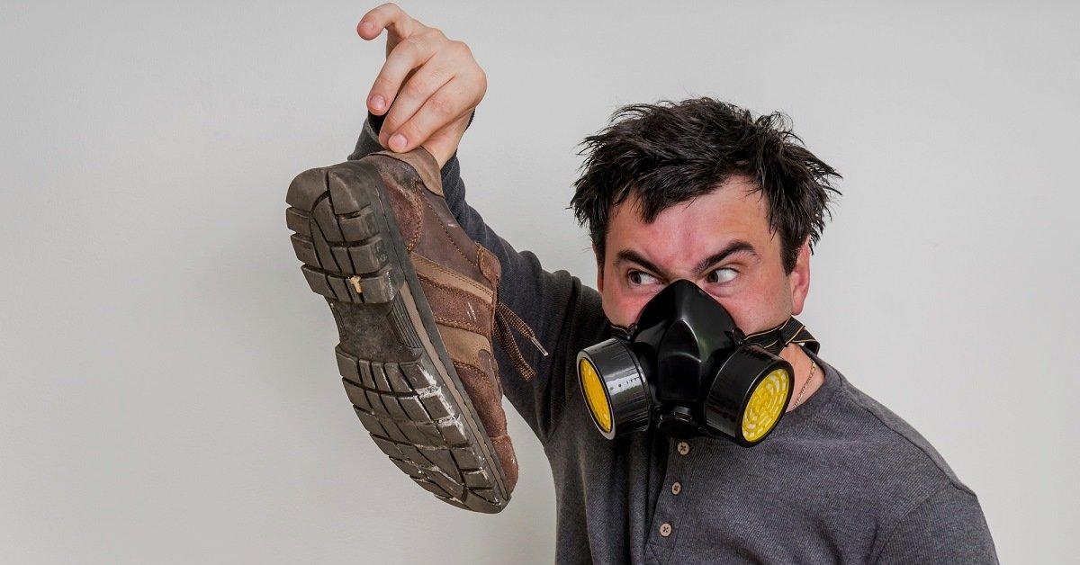Как убрать запах из обуви? Народные средства