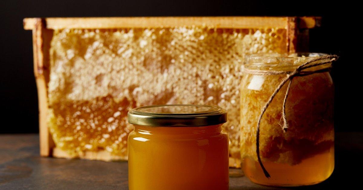 Как выбрать мед и как правильно его хранить