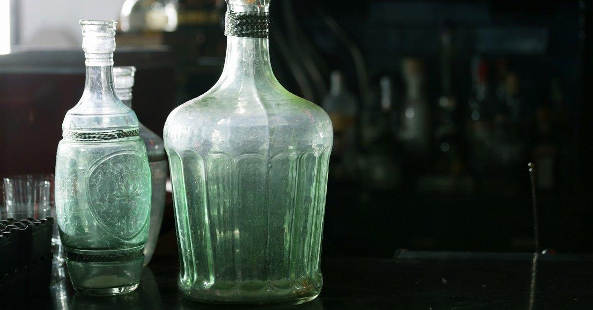 Как отмыть стеклянный бутыль изнутри
