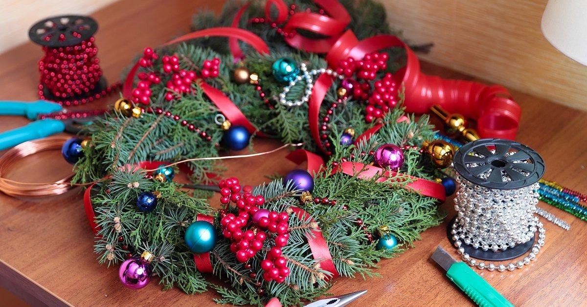 images|cms-image-000064517 Как сделать рождественский венок из фетра