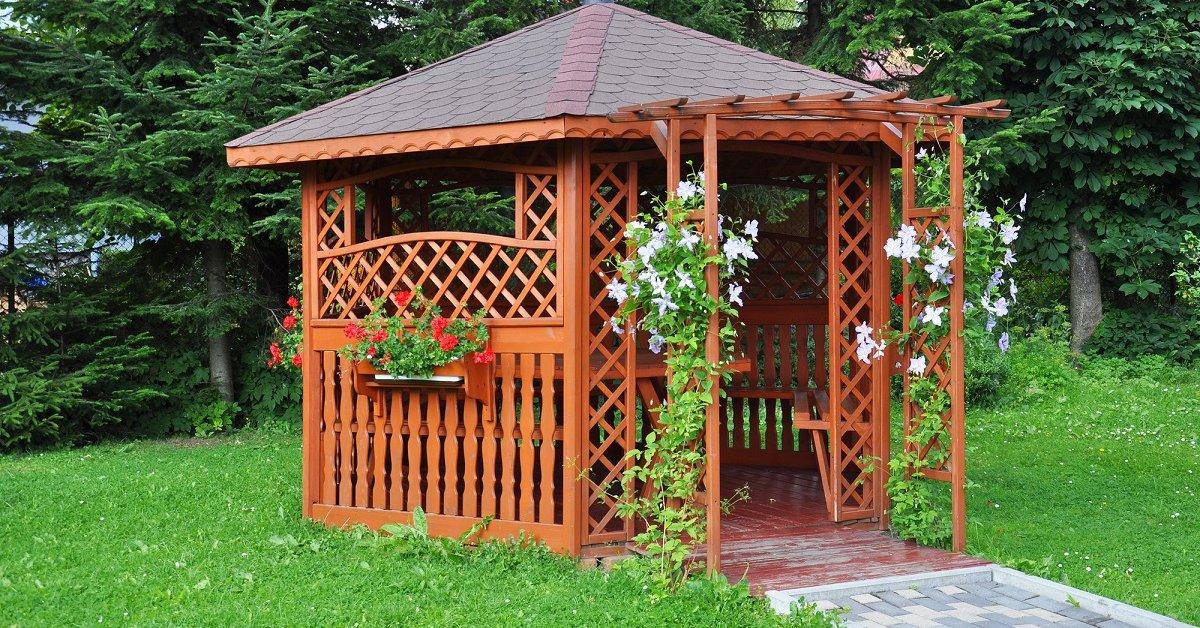 Садовые беседки 81 фото металлическая конструкция на участке размеры сборного изделия на огороде виды застекленные варианты беседок