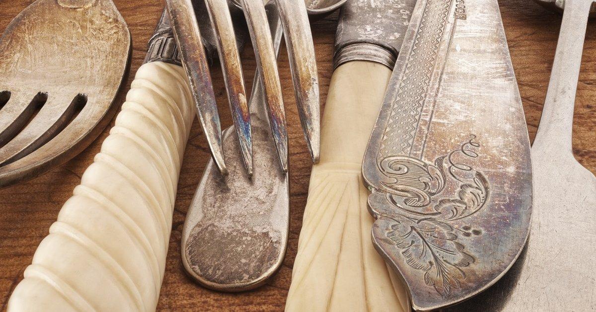 Как почистить ложки и вилки из нержавейки в домашних условиях до блеска: чем отмыть столовые приборы