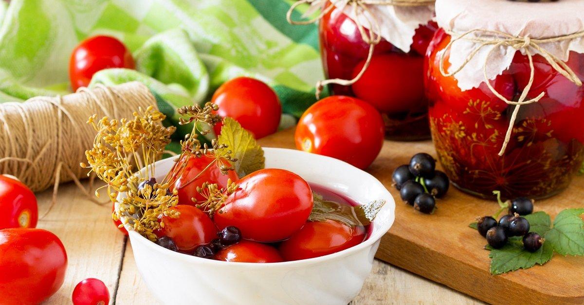 Маринованные бурые помидоры быстрого приготовления