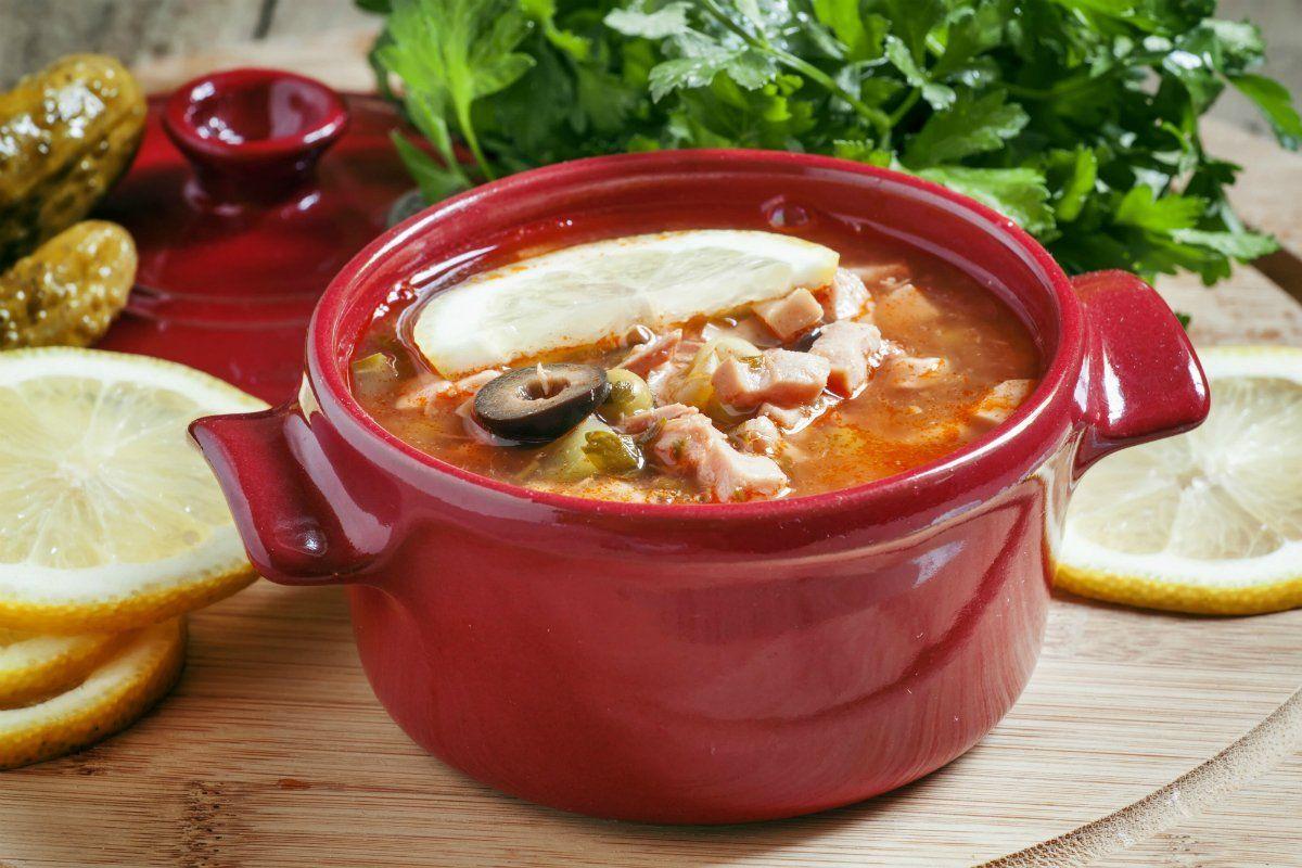 Приготовление супа солянка сборная мясная с фото