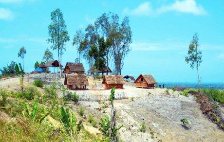 деревня спустя месяц