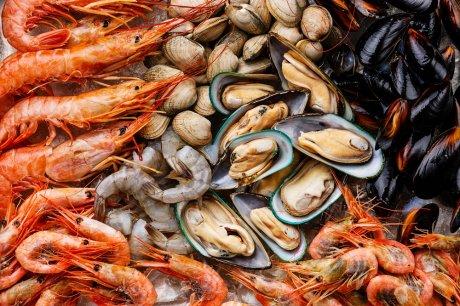 что можно есть перед сном морепродукты