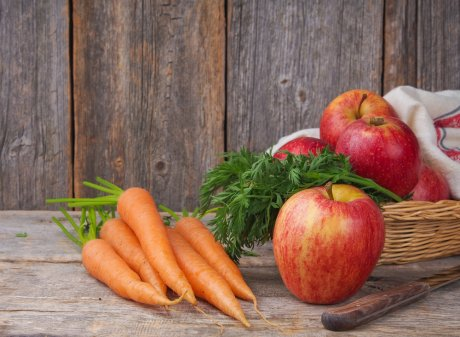 Морковь и помидоры