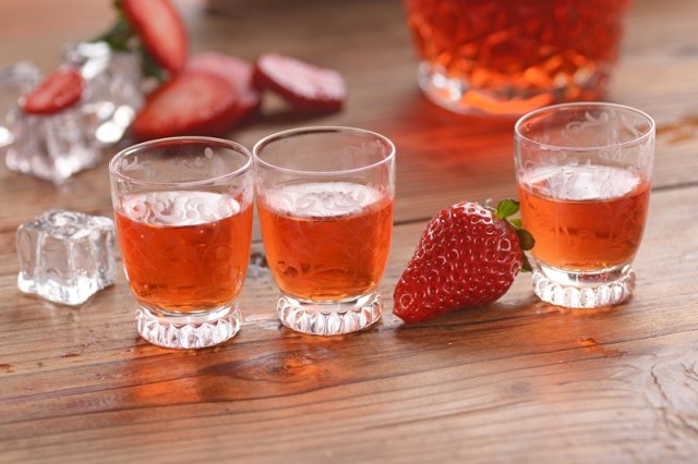 Настойка из клубники на спирту в домашних условиях рецепт 37