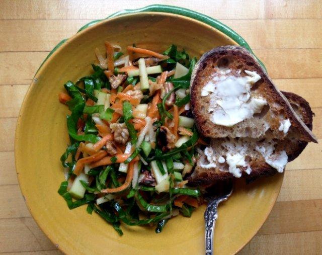 салат из черной редьки и грецких орехов