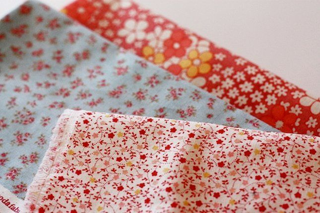 Ткань можно брать как с мелким узором, так и с крупным