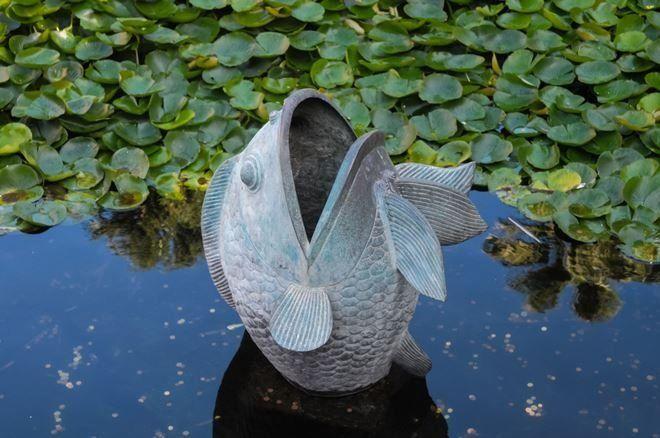 Скульптуры могут быть частью фонтана или устанавливаться просто для красоты