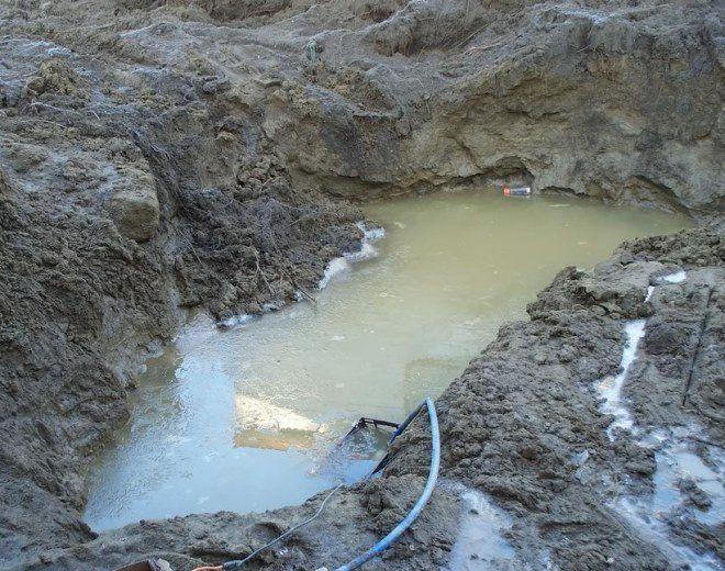 Лучше обнаружить грунтовые воды до закладки фундамента, чем после